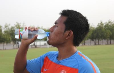 Captain Jeje Lalpekhlua has a break during a practice session.