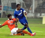 Dempo's Clifford Miranda in action against Sporting Clube de Goa.