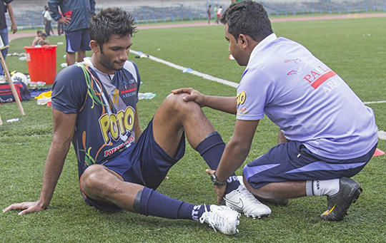 Prathamesh Injury (Photo - Soumalya Kr. De)