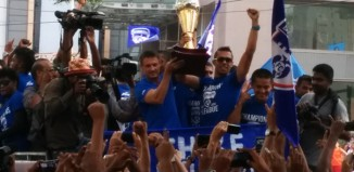 Bengaluru FC with I-League trophy