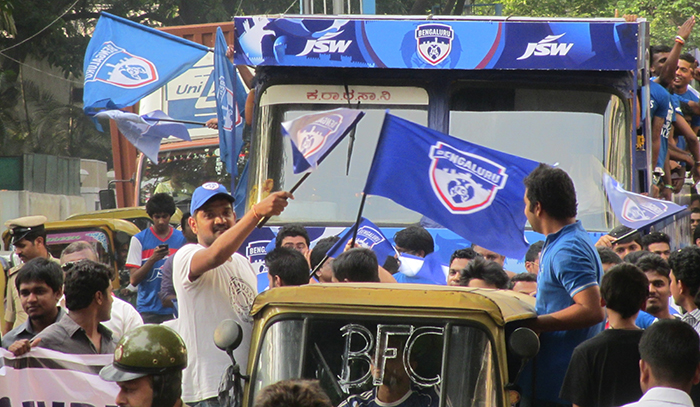 Fans in Bengaluru FC open parade