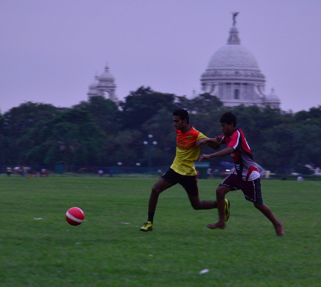 Kolkata Derby Article - football and victoria - Somak Sarkar
