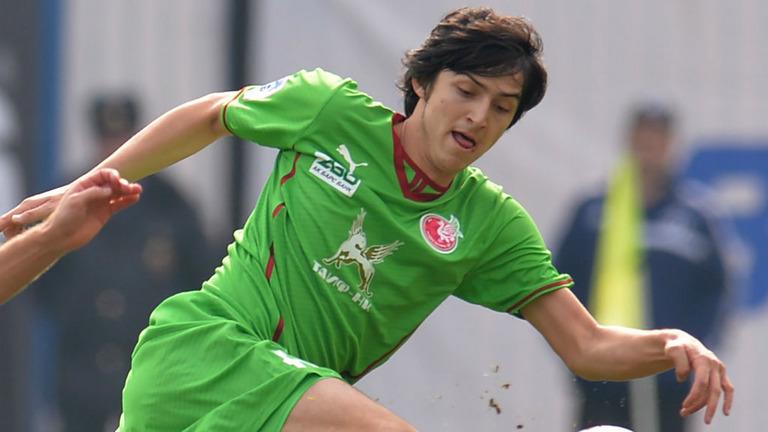 Sardar Azmoun Iran Messi