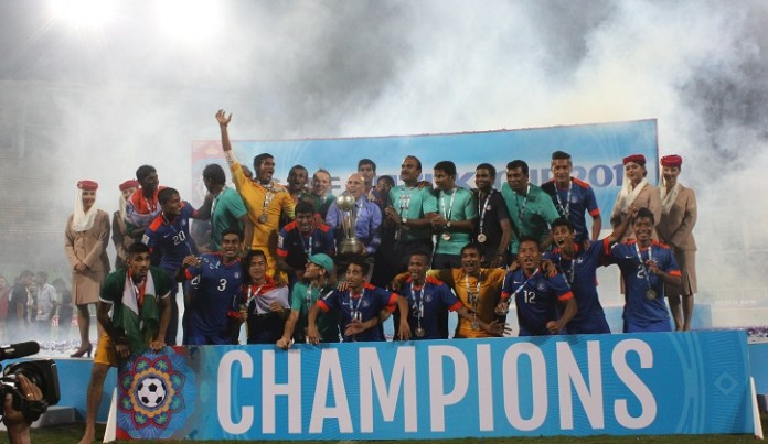 Indian Football Team celebrating after SAFF Cup 2015 win
